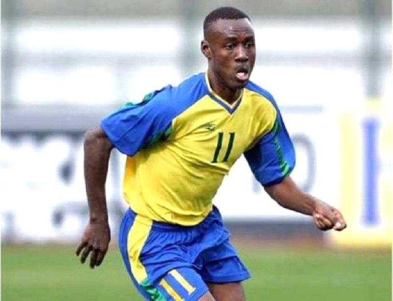 Karekezi Olivier agikinira Amavubi [photo archieves]