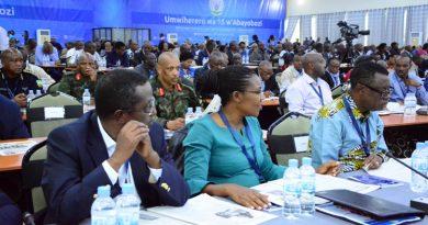 Imyanzuro y'umwiherero  wo kuncuro 15 izasigira u Rwanda iterambere rirambye