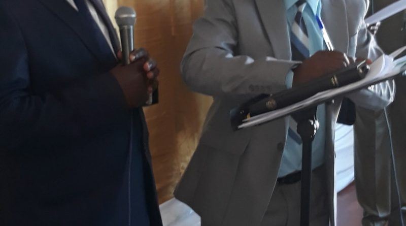 Iyimikwa rya Mboneko  ryabereye mu gihugu cy'u Bubiligi ritumye Rev Karuranga Ephrem asimbuzwa igitaraganya Rev Nsengiyumva Laurien ku ntebe nyobozi ya ADEPR na Rev Mutanganzwa agasimbura Karangwa John.
