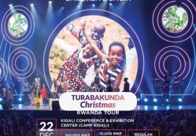 Watoto Children's choir yo mugihugu cya Uganda igizwe n'abana bato cyane igiye gutangirira mu Rwanda ibitaramo byo kuzenguruka Afrika