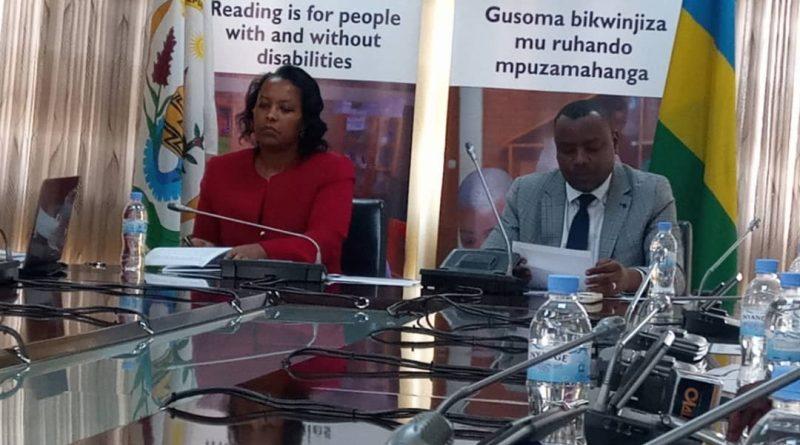 """""""Gusoma no kwandika ni umusingi w'iterambere"""" Dr Munyakazi Issac"""