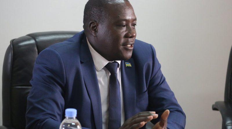 Akarere ka Rulindo:Kajevuba ya Ntarabana baratabaza Guverineri Gatabazi kubera amakimbirane aharangwa.