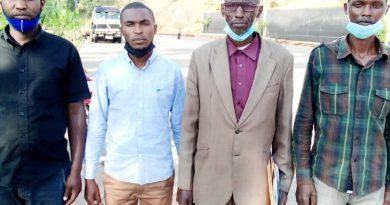 Uramutse Viateur uyobora Umudugudu wa Buruba ho mu murenge wa Cyeza mu karere ka Muhanga akomeje gutoteza abarokotse jenoside yakorewe abatutsi.